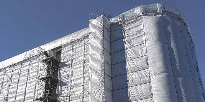 HD Wahl bietet die Sanierung von Fassadenoberflächen vor Ort und im Werk an.