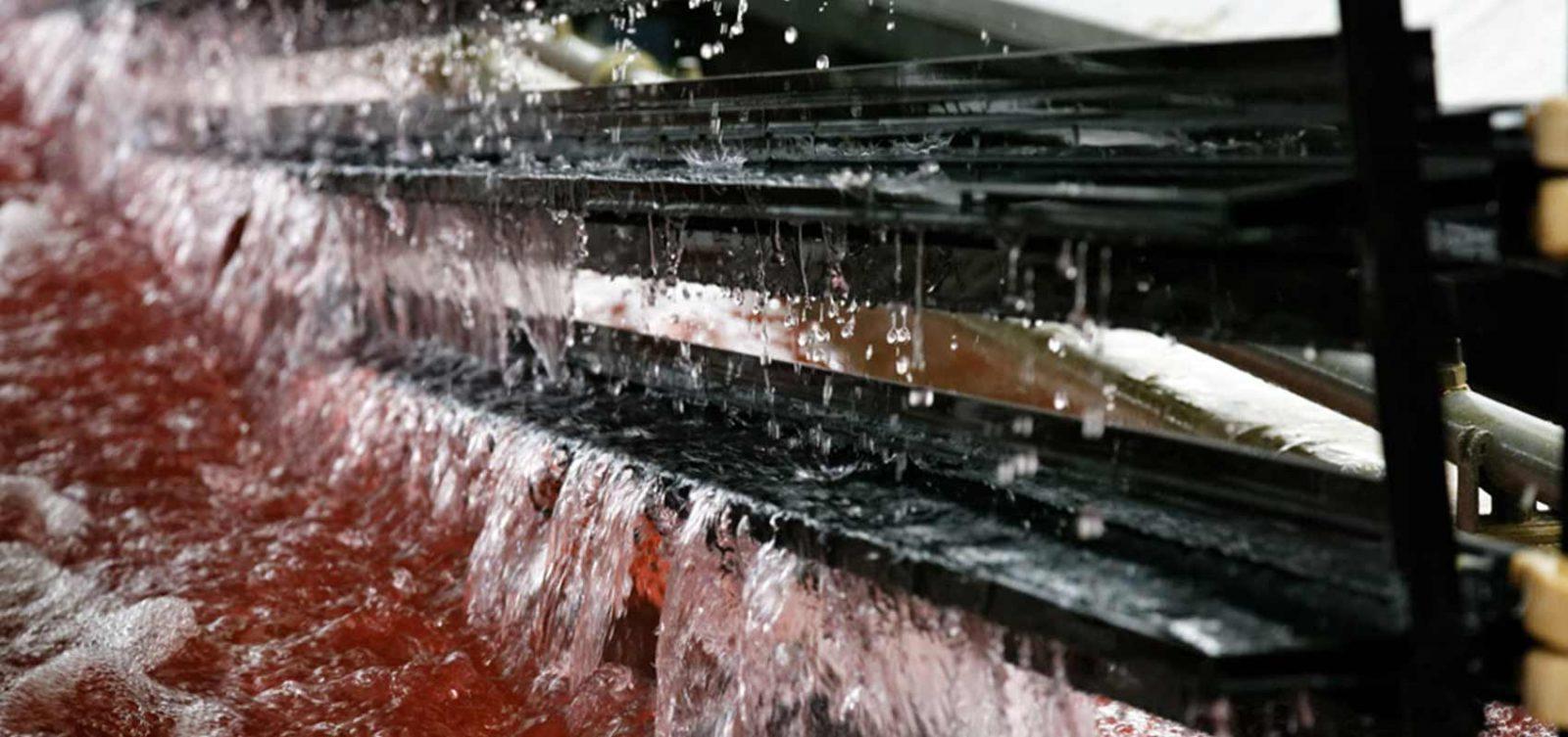 Korrosionsbeständig und witterungsbeständig |Aluminium mit Anodisierung/Eloxierung der Oberfläche für Aussenfassaden und die Automobilindustrie